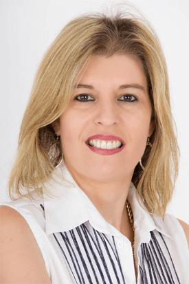 עידית ברקנא - מומחית ליישור שיניים